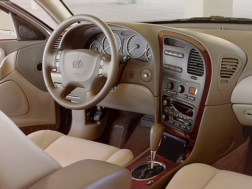 2001 Oldsmobile Aurora Interior
